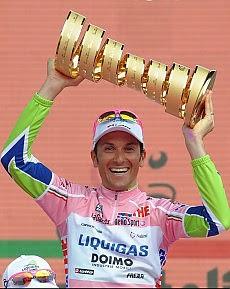 http://www.repubblica.it/images/2010/05/31/112031316-c9687d90-4d31-4b6c-84a1-8c7fe7b30d4e.jpg