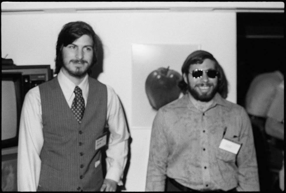 La vida de Steve Jobs, en imágenes  - Jobs y Wozniak, los inicios