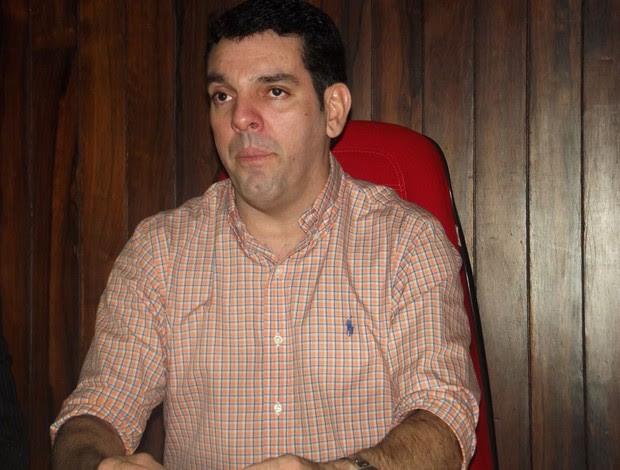 Alex Padang, presidente do América-RN (Foto: Tiago Menezes/GLOBOESPORTE.COM)