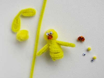 chick finger puppet Easy Easter Crafts: Easter Finger Puppets