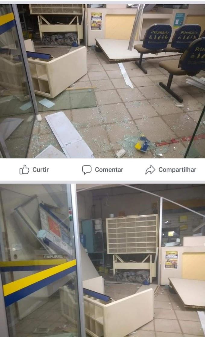 Bandidos explodem agência dos Correios em São Rafael