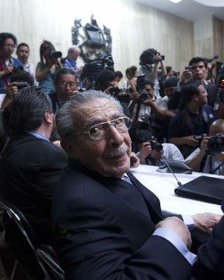 El exdictador guatemalteco José Efraín Ríos Montt, ayer, enla Corte Suprema de Justicia en Ciudad de Guatemala (Guatemala).EFE/Saúl Martínez