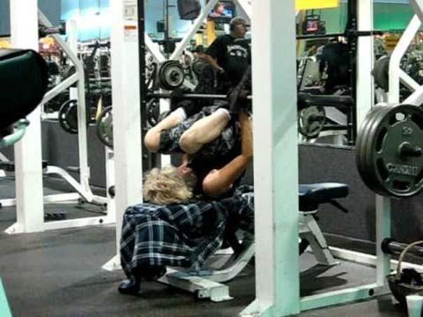 Απερίγραπτες στιγμές στο γυμναστήριο (21)