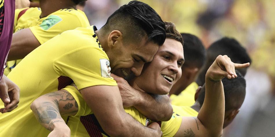 Quintero celebra el gol con Falcao.  Foto: AFP