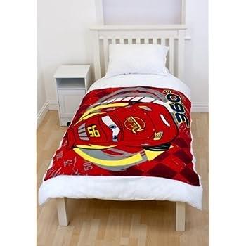 pas cher plaid couverture dessus de lit couvre lit cars disney chambre enfant garcon 120 x 150. Black Bedroom Furniture Sets. Home Design Ideas