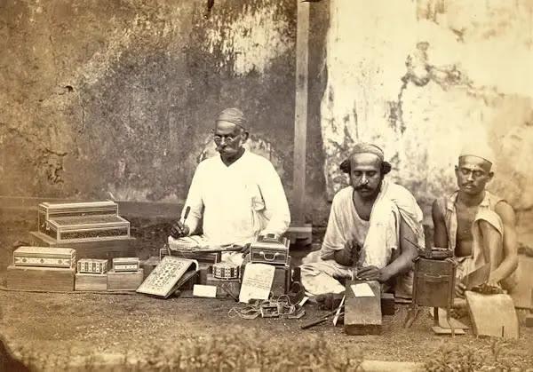 Work-Box Makers at Bombay (Mumbai) - 1873