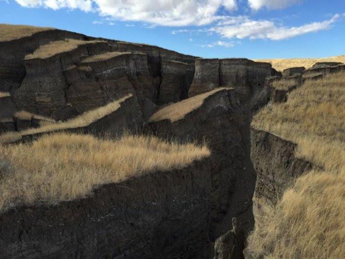 Rachadura gigante na Terra, de repente, apareceu perto Yellowstone