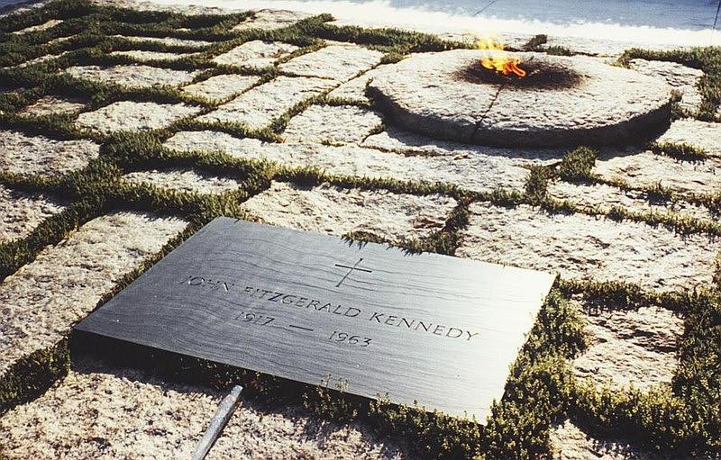 File:JFK grave.jpg