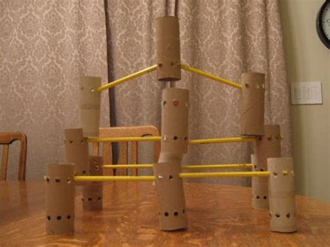 10  Homemade Building Themed Toilet Paper Roll Crafts   Hative