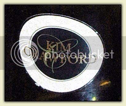 Kim Crawford 2006 detail