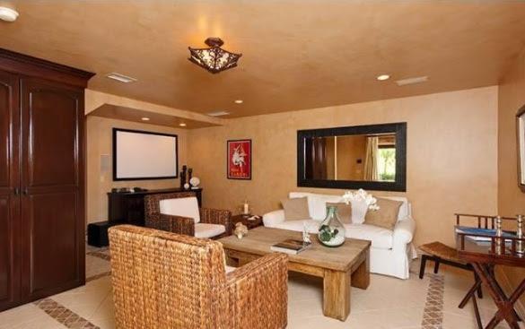 lba5d1f43 m19o Nick Lachey and Vanessa Minnillo Buy New Home In Encino (PHOTOS)