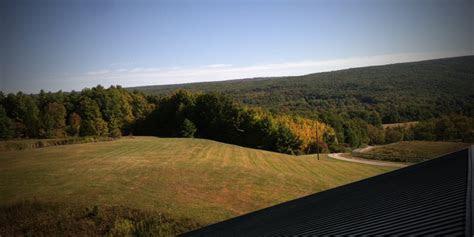 Rustic Ridge View Farm