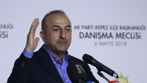 Çavusoglu: Turquia não vai silenciar sobre as questões da Palestina e Jerusalém