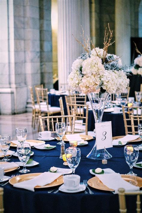 navy and gold wedding tablescape at the Old Cleveland