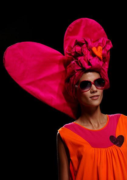 Victorio+Lucchino+Cibeles+Madrid+Fashion+Week+ufzfk8-0ThKl