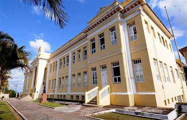 Fachada do Seminário Episcopal do Sagrado Coração de Jesus, fundado em 1867 e vinculado à Mitra Arquidiocesana de Diamantina: comprometimento com a cultura nacional (Beto Novaes/EM/D.A Press)
