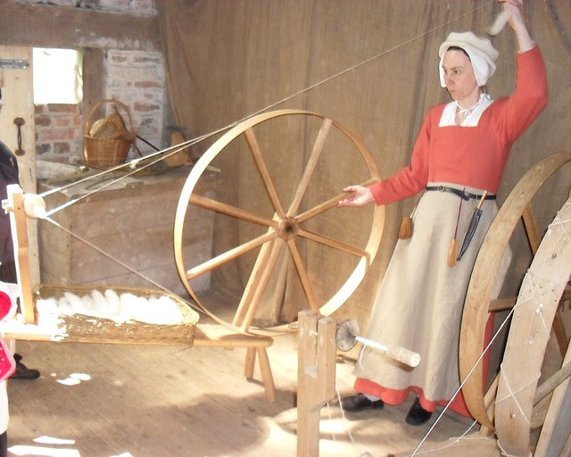 spinners and woolworkers (1) cut