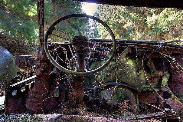 Chatillon-car-cemitério abandonado-carros-cemitério-Bélgica-8