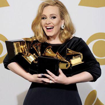 Premios Grammy 2012: Adele con seis premios fue la reina de una gala que se despidió de 'La Voz' de Whitney Houston