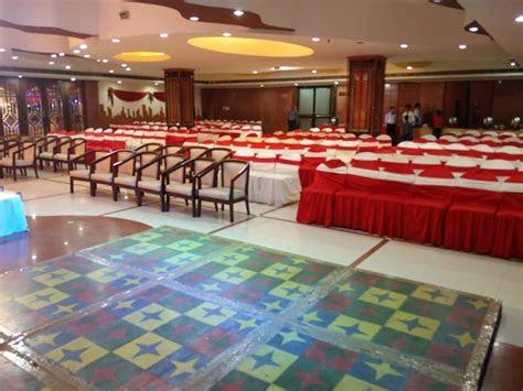 Tarang Banquets Gomti Nagar, Lucknow   Banquet Hall