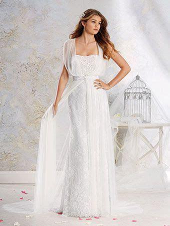 116 best images about Curvy Wedding Dresses on Pinterest