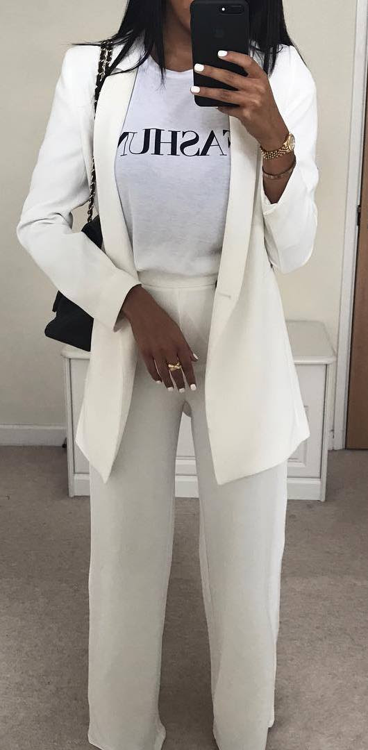 incredible white outfit / blazer + printed top + bag + pants