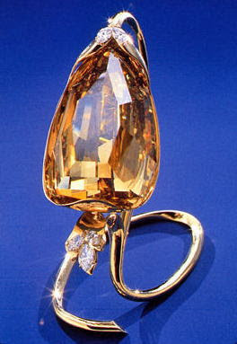 Incomparable Diamond