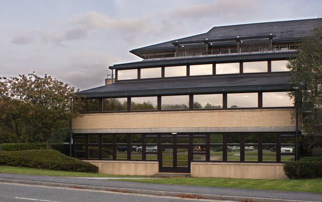 Hinton House Ian Greig Cc By Sa 2 0 Geograph Britain