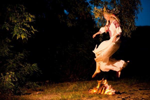 jumpingoverfire-mysticmamma