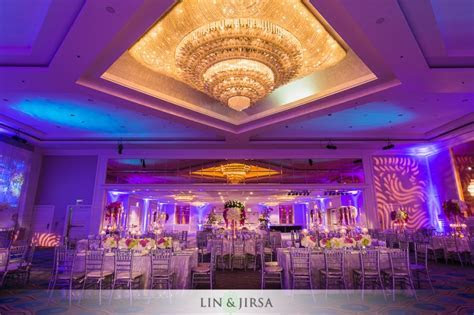 Sheraton Universal Hotel Indian Wedding   Ruchi and Pramil