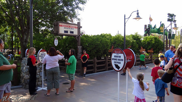 Disneyland Resort Disney California Adventure, Radiator Springs Racers, FastPass