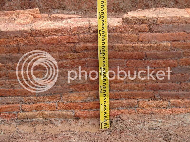 Tường gạch xây