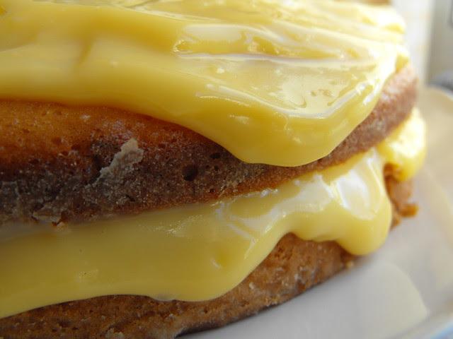 Bolo de laranja com creme de pasteleiro