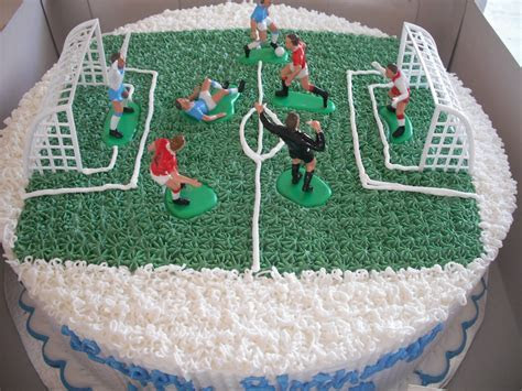 Football Cakes ? Decoration Ideas   Little Birthday Cakes
