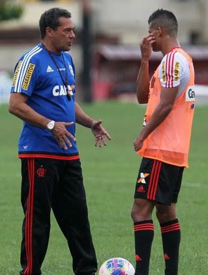 Luxemburgo e Thallyson, Flamengo treino (Foto: Gilvan Souza/Flamengo)