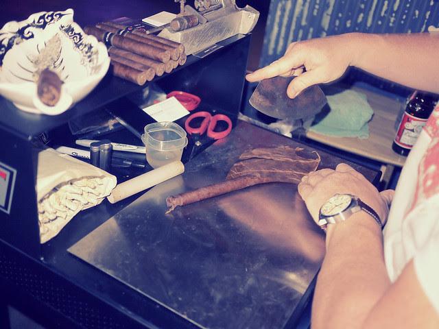 Studio Tabac cigar night