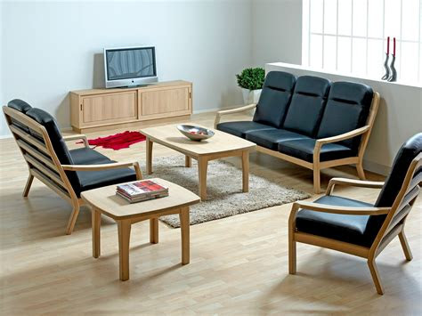 simple wooden sofa     home keribrownhomes