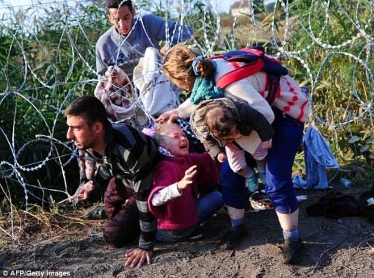 Ἡ Ἑλλὰς παγίδα καὶ κολαστηριο γιὰ τοὺς πρόσφυγες... Ἡ Εὐρώπη φυλακή!!!