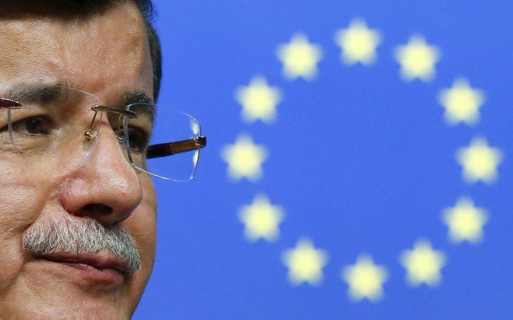 «Η Τουρκία και η ΕΕ παίζουν ένα παιχνίδι πόκερ με μπλόφες»