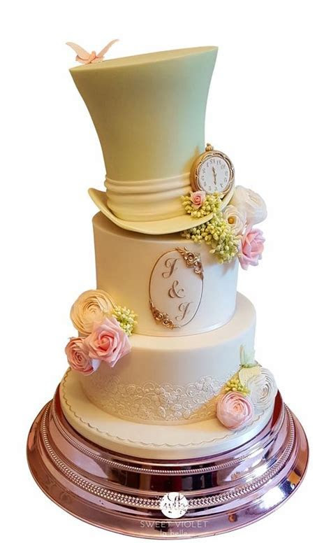 338 best images about Cakes   Alice in Wonderland & The