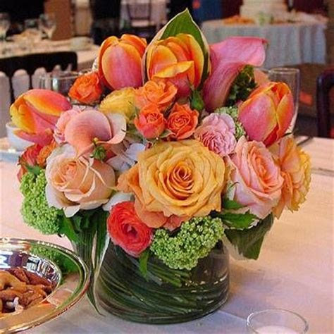Wedding Wednesday :: Coral & Peach Centerpieces   Flirty