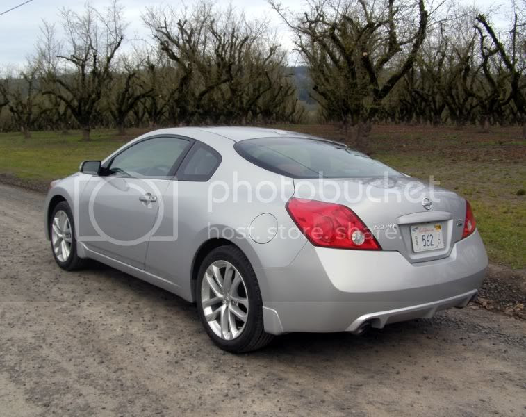 2010 Nissan Altima 3.5 SR Coupe