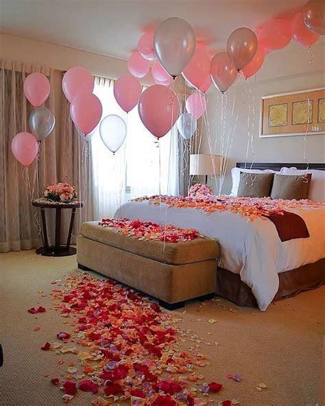 Wedding Night Bedroom Decoration Ideas to Make Your Dream