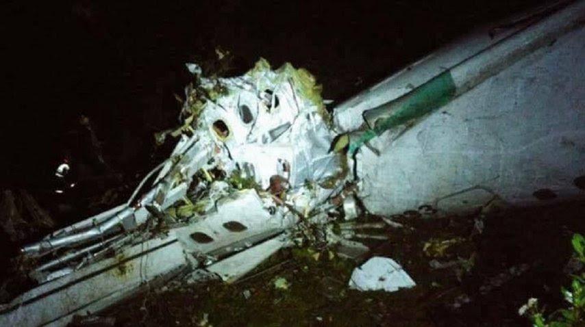 Así quedó parte del avión en el que iban los futbolistas del Chapecoense