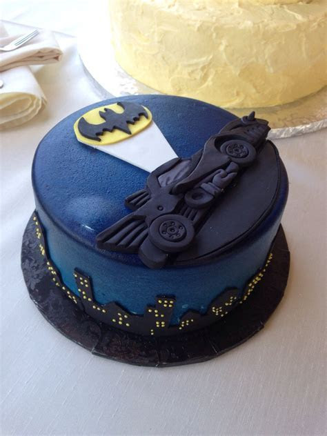 Sweet Batman Groom's Cake   Global Geek News