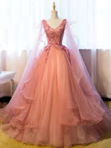 Best 25  Vintage ball gowns ideas on Pinterest   Princess