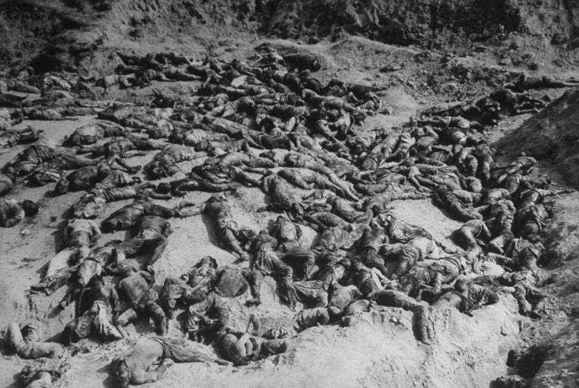 http://peacehistory-usfp.org/wp-content/uploads/2016/09/slaughtered-South-Korean-prisoners.jpg