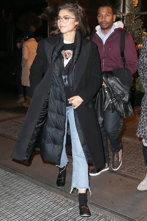 Phạm Hương, Kỳ Duyên đã cất giày cao vời vợi vào tủ… để tậu mốt giày Selena Gomez mê mẩn - Ảnh 13.