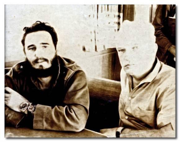 Fidel Castro y James Donovan en Playa Girón. Fidel usa el reloj de buceo que le regalara Donovan.