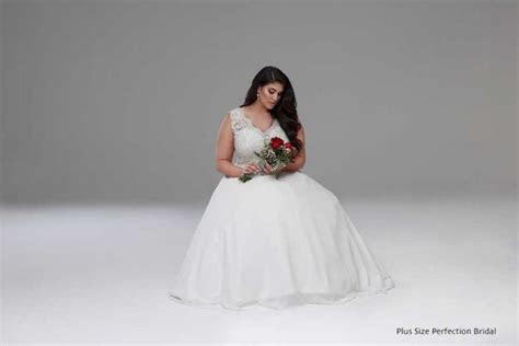 Perfect plus size deb dresses   Plus size wedding dresses